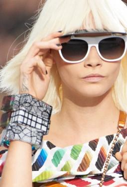 chanel-fashion-spring-summer-runway-cara-delevingne