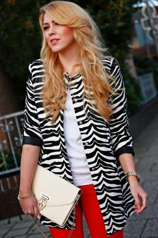 zebra-print-coat_red-jeans5