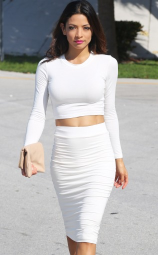 concrete-runway-white-2piece-top-1