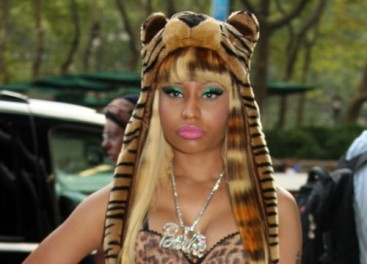 nicki-minaj-tiger-hat-fashion-week-500x360