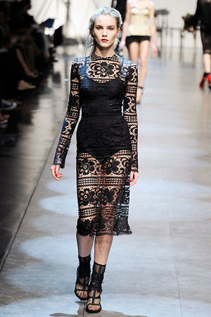 dolce-and-gabbana-black-lace-dress-profile