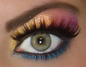 fun-false-eyelashes-800X800