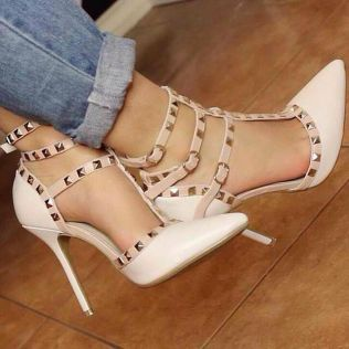 runway-high-heels-sandals-boots-and-shoes-at-jessicabuurman555eb6fbbc623d7f2a5b