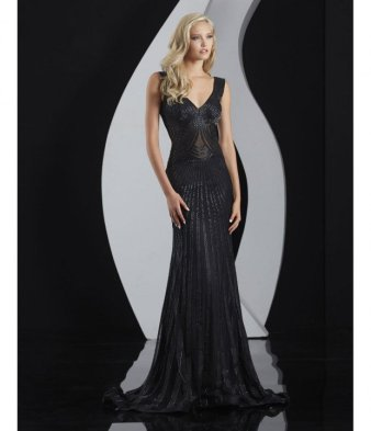 20-elegant-evening-gowns-1-620x721