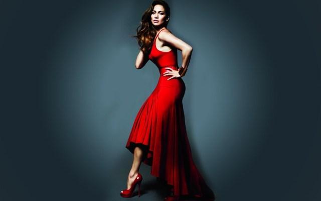 6936363-jennifer-lopez-dress-red