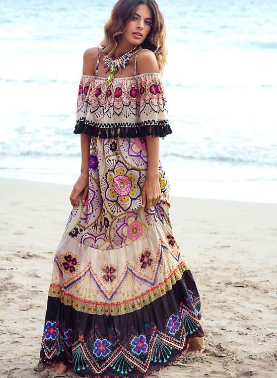 A Beautiful Fashion Treat In Boho Chic Strutting In