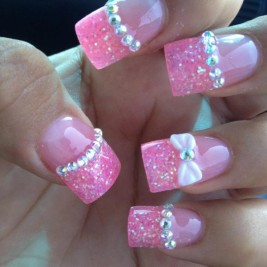 Glitzy glamorous nail art do it yourself manicures are a great how to perform a do it yourself home manicure solutioingenieria Images