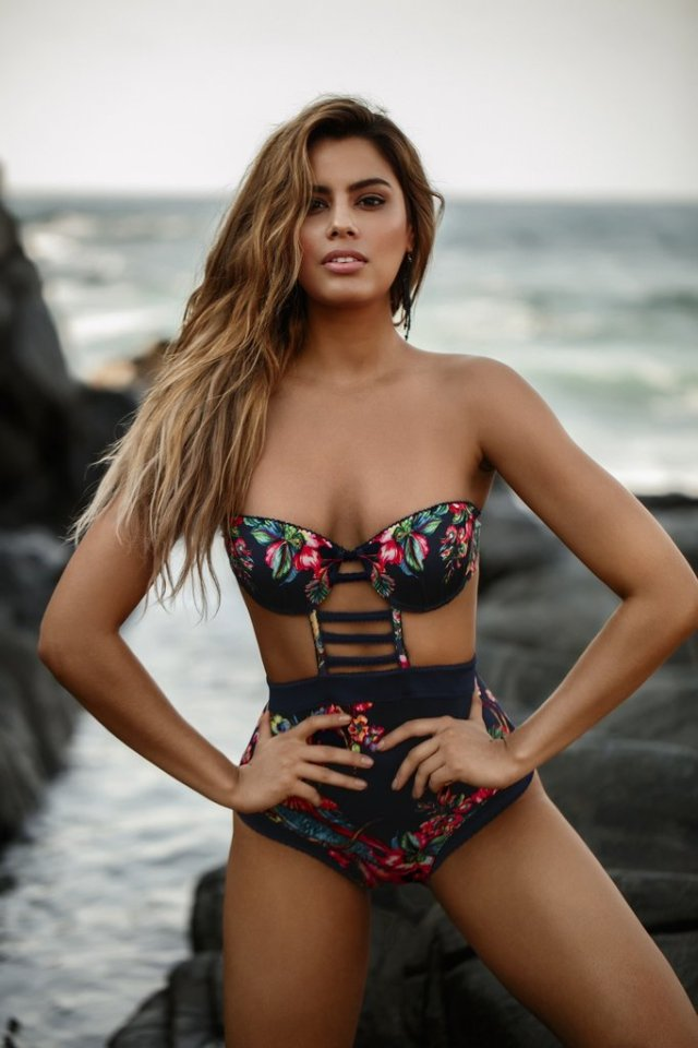 Agua-Bendita-Birds-One-Piece-Swimsuit_e67e146f-019b-4646-b9da-3bb808aff357_1024x1024
