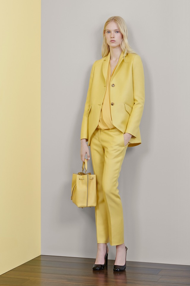 womens-spring-pant-suits