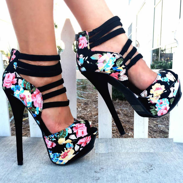 """1f6d8f079fe2d LET S GET SHOE REAL  STILETTOS AND HIGH HEELS GIVE A """"LIFT"""" TO HOW YOU  FEEL! – STRUTTING IN STYLE"""