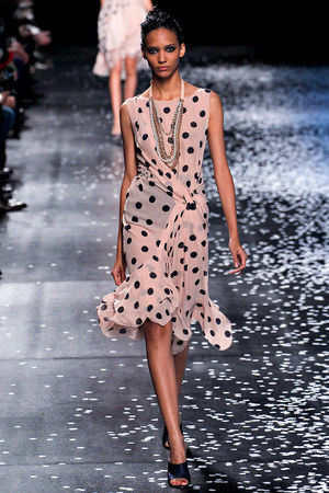 nina-ricci-spring-2013-rtw-polka-dot-dress-profile